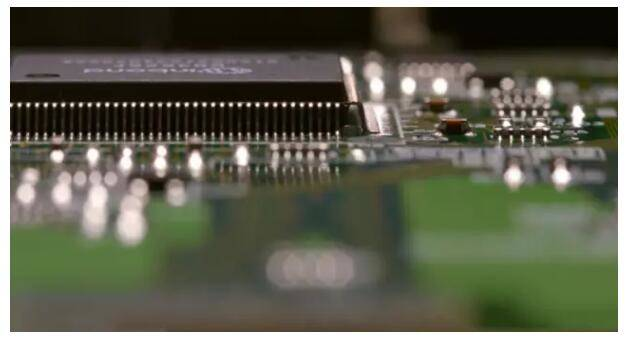 PCB industry,laser marking VS screen printing technology